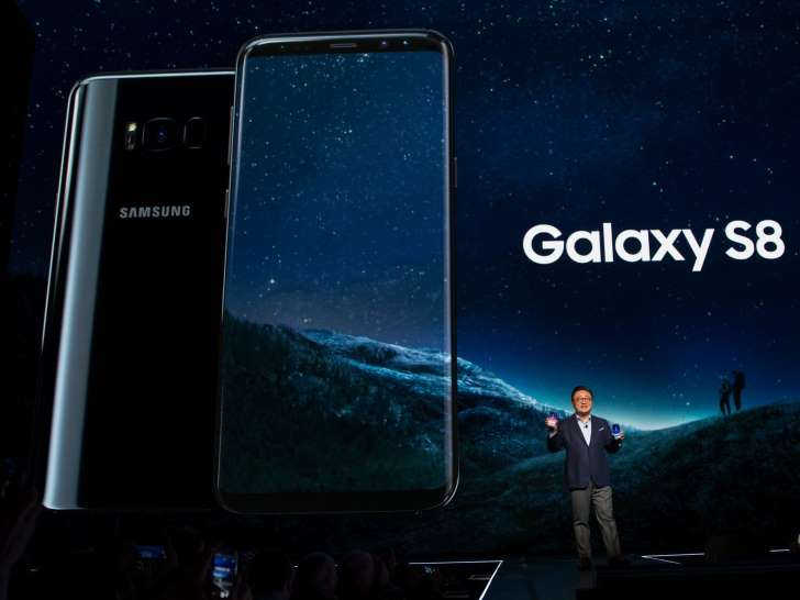 iPhone နဲ႔ မတူတဲ့ Samsung Galaxy S8 မွာပါ၀င္တဲ့ အခ်က္မ်ား