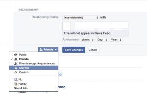 ကိုယ့္ Relationship status ကို facebook မွာ တိတ္တိတ္ေလး ဘယ္လုိေျပာင္းမလဲ