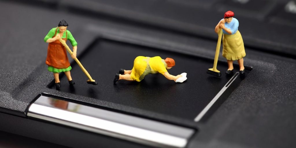 laptop တစ္လံုးလံုး သန္႕ရွင္းေရး ျပဳလုပ္နည္း